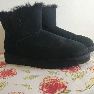 UGG Black Mini Bailey Button ll Boot Size 9